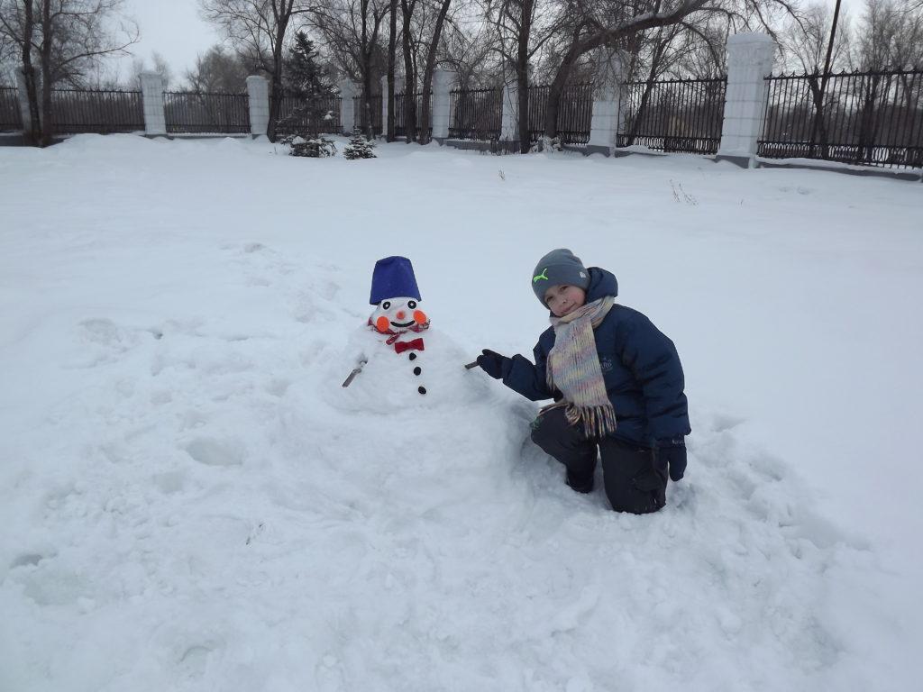 Самый яркий снеговик